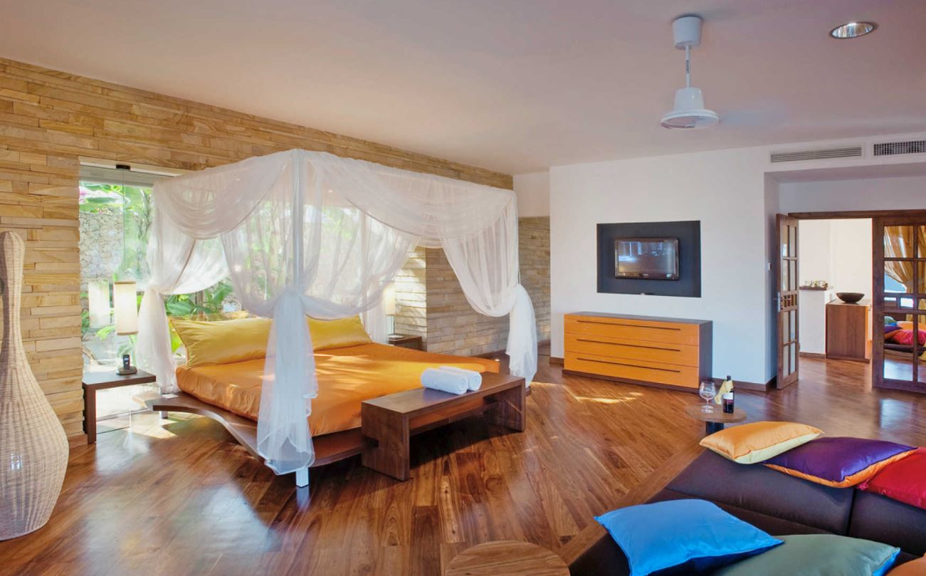 diamonds-star-of-the-east-villa-bedroom2.JPG