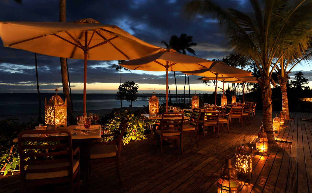 the-residence-zanzibar-outdoor-dining.JPG
