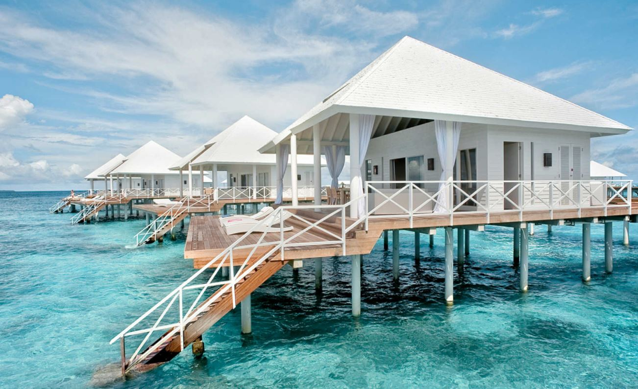 diamons-thudufushi-water-villa.JPG