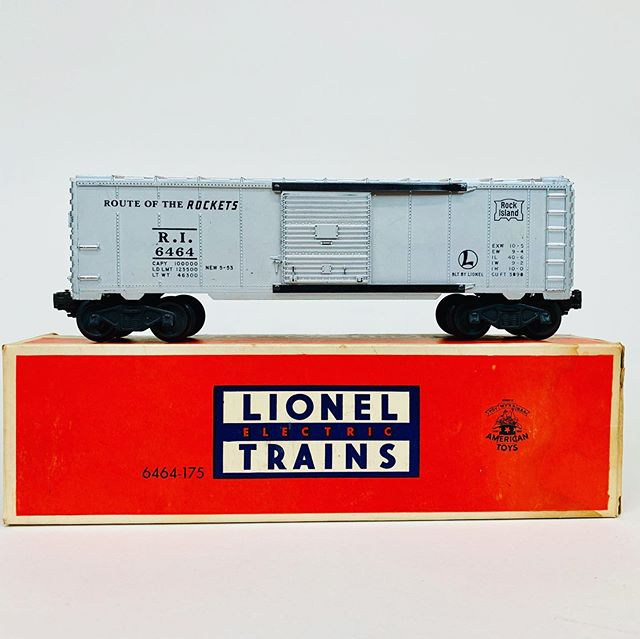 Lionel 6464-175 Rock Island boxcar with scarce black lettering.
