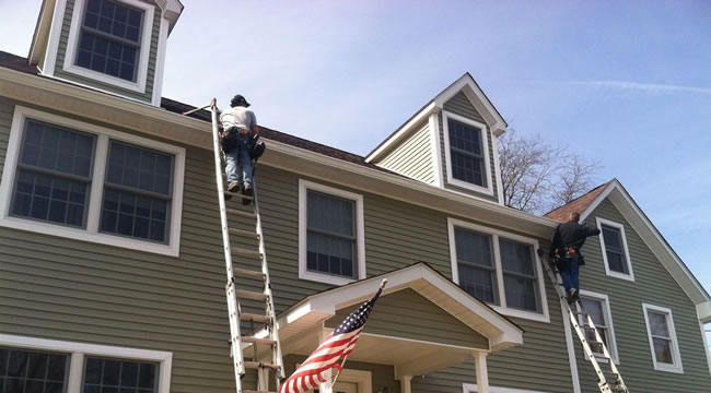 seamless-gutter-installer-new-york.jpg
