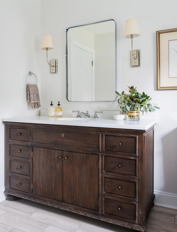 HeatherCourt-Bathroom-Quartz-Counter.JPG