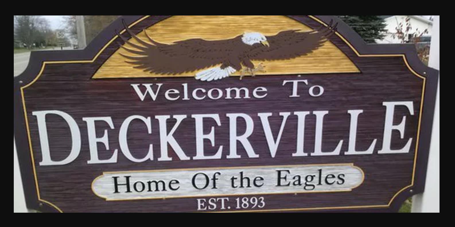 Deckerville sign.jpeg