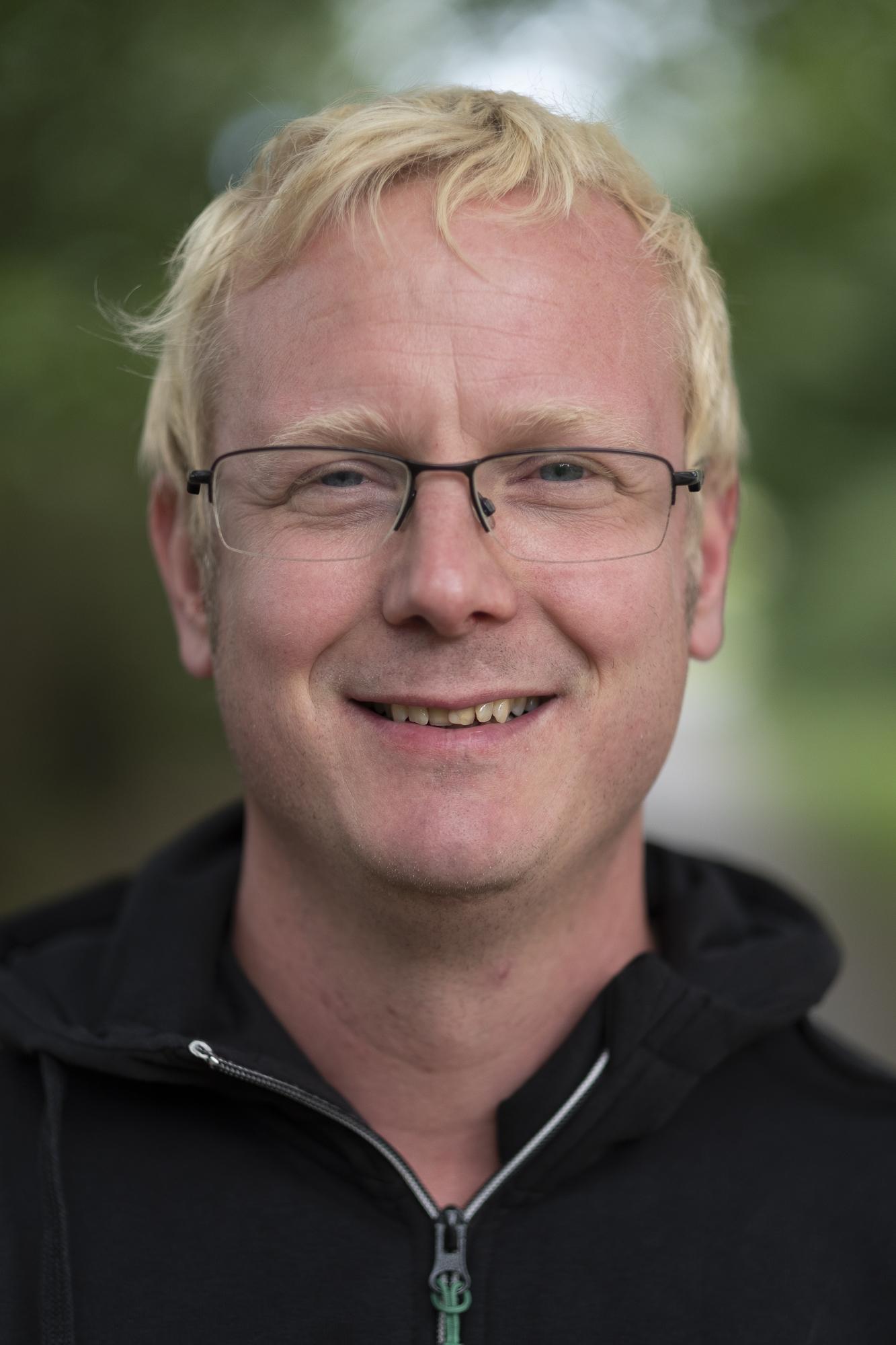 Henrik Dahlström - Trädgårdsanläggare