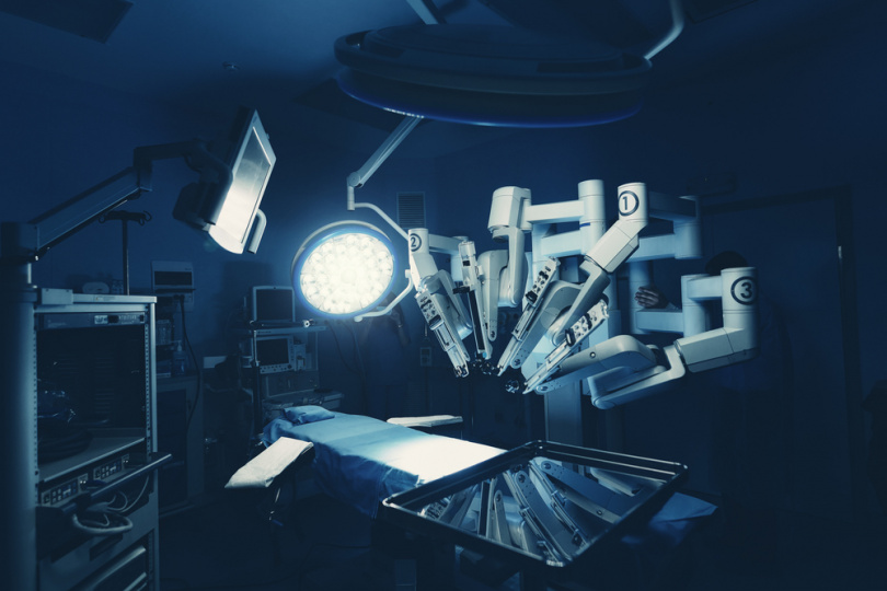 artificial-intelligence-applications-healthcare-robot-surgery.jpg