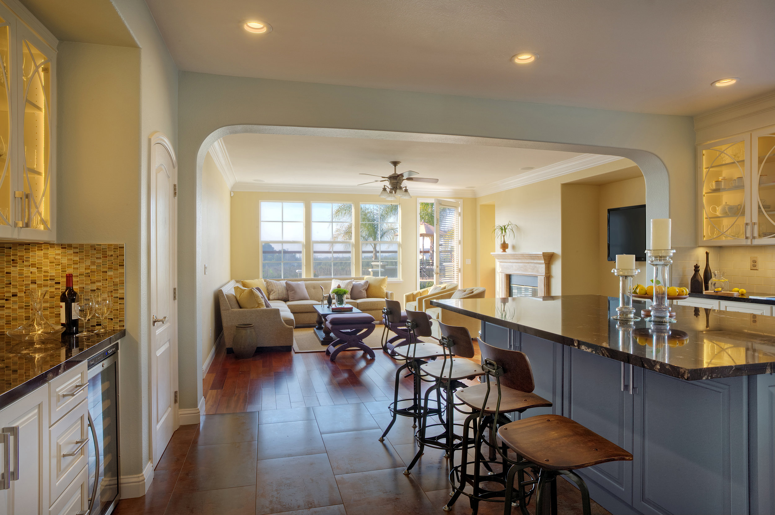 2755YountvilleKitchFamRm-Photo2.jpg