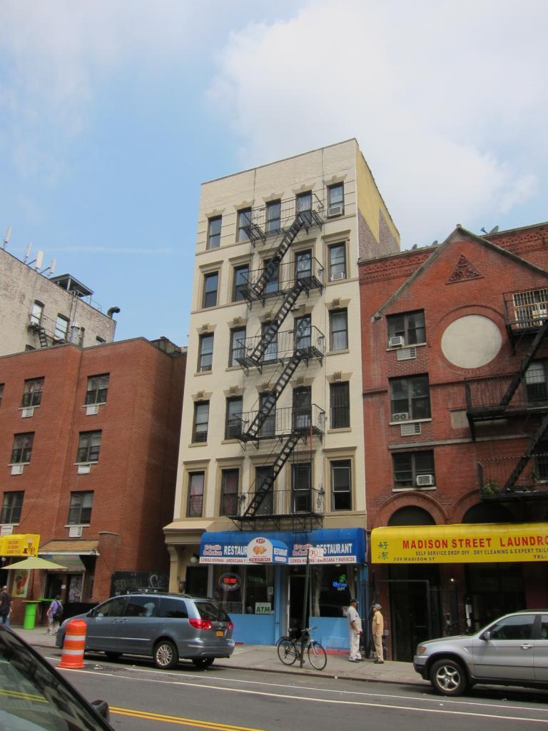 207 Madison Street, New York, NY