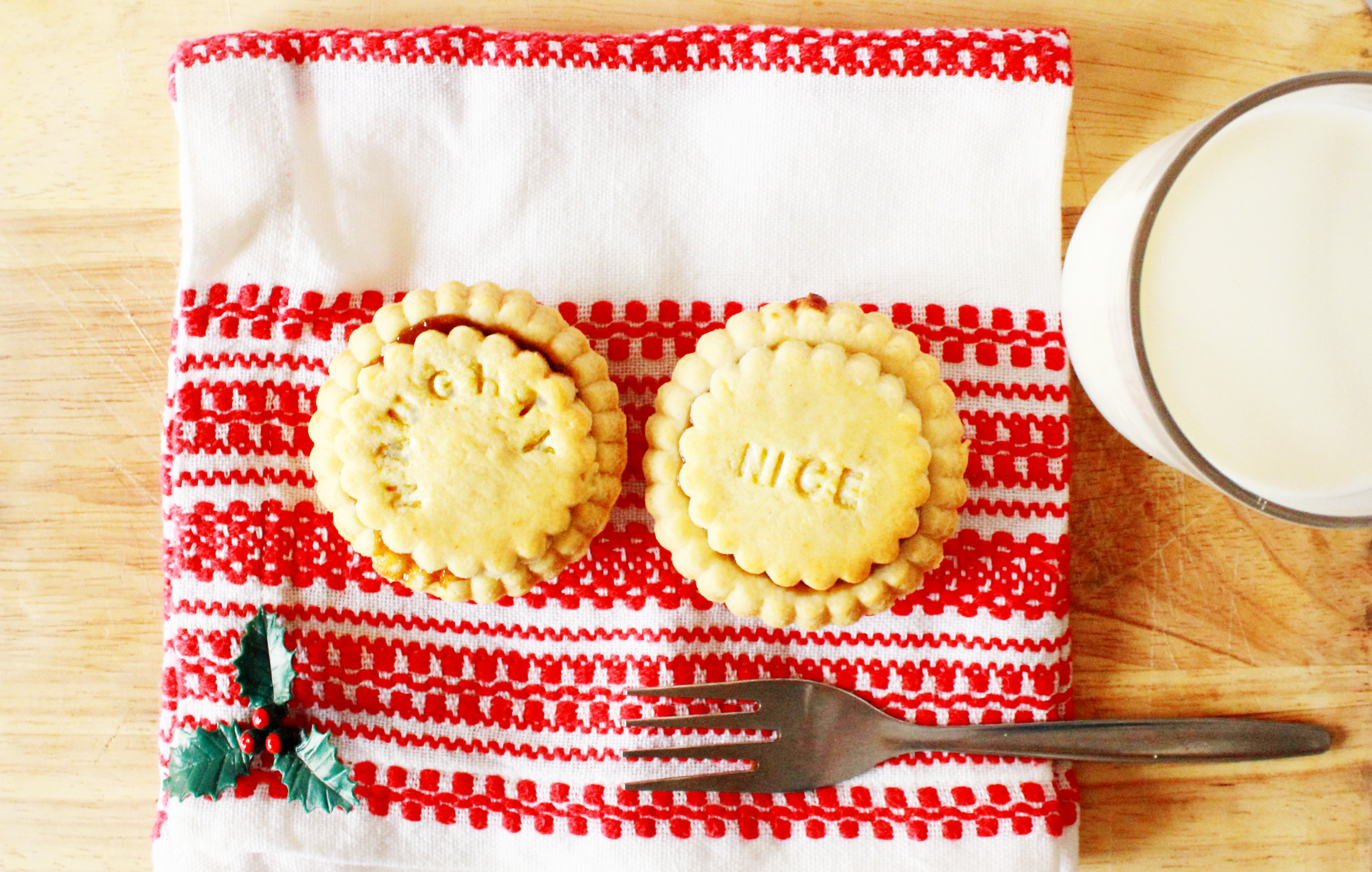 mince pies 10-2.png