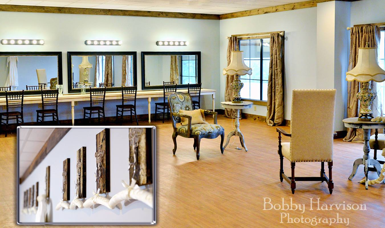 Bridal Room at The Gables