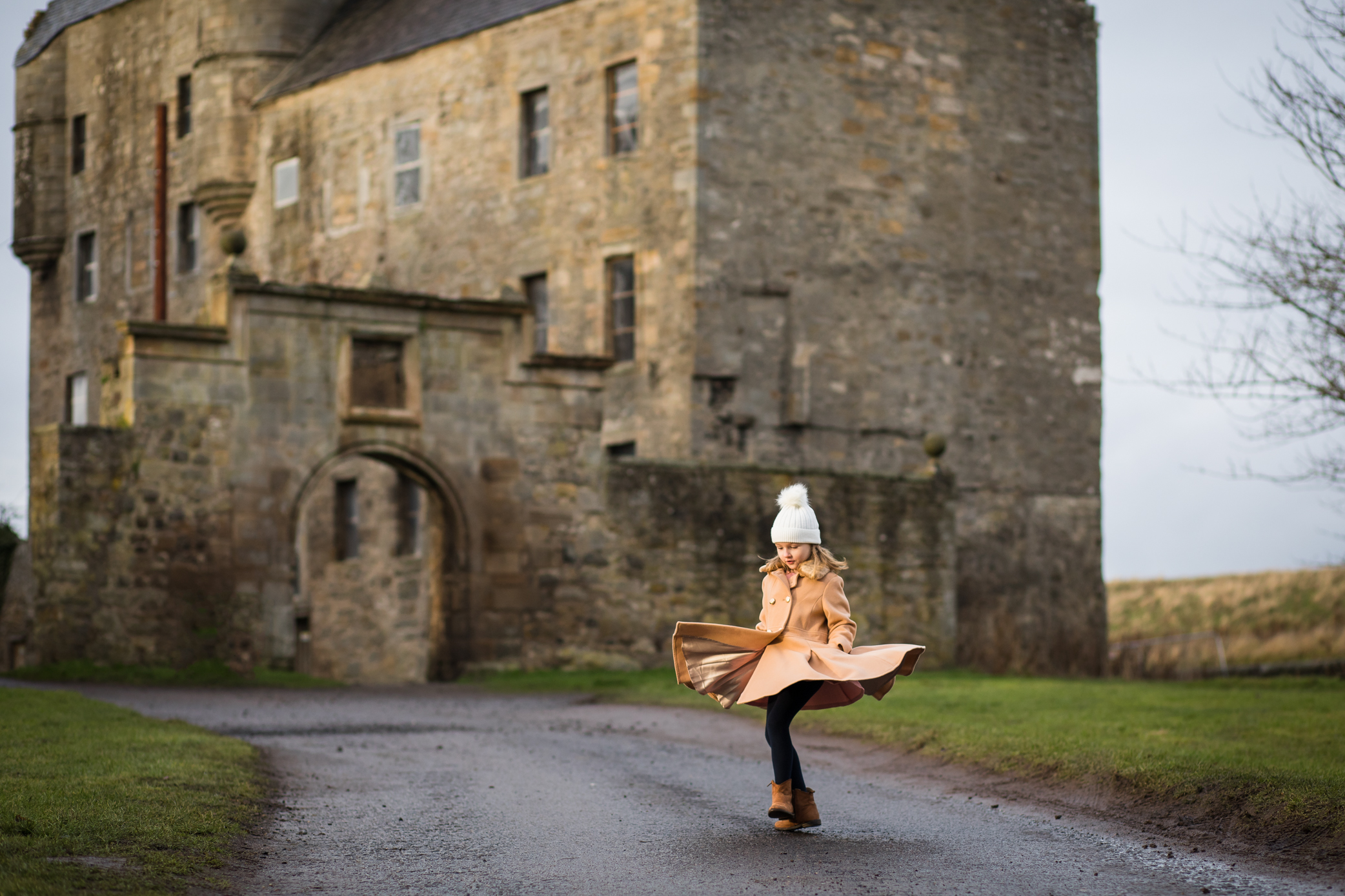 Outlander filming location - Midhope Castle (Lallybroch)