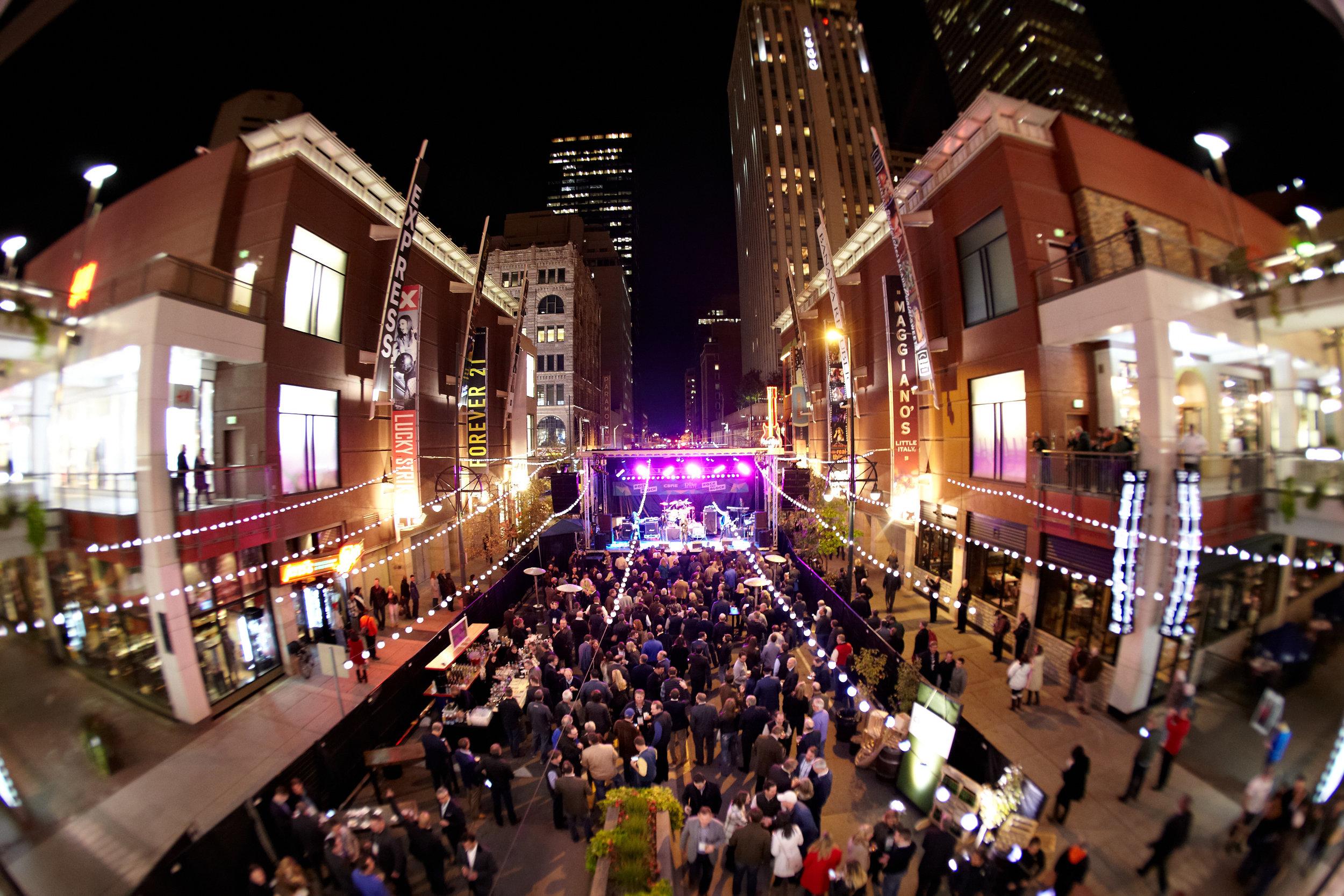 Oct29 _CBRE Block Party_Denver_0190[1].jpg
