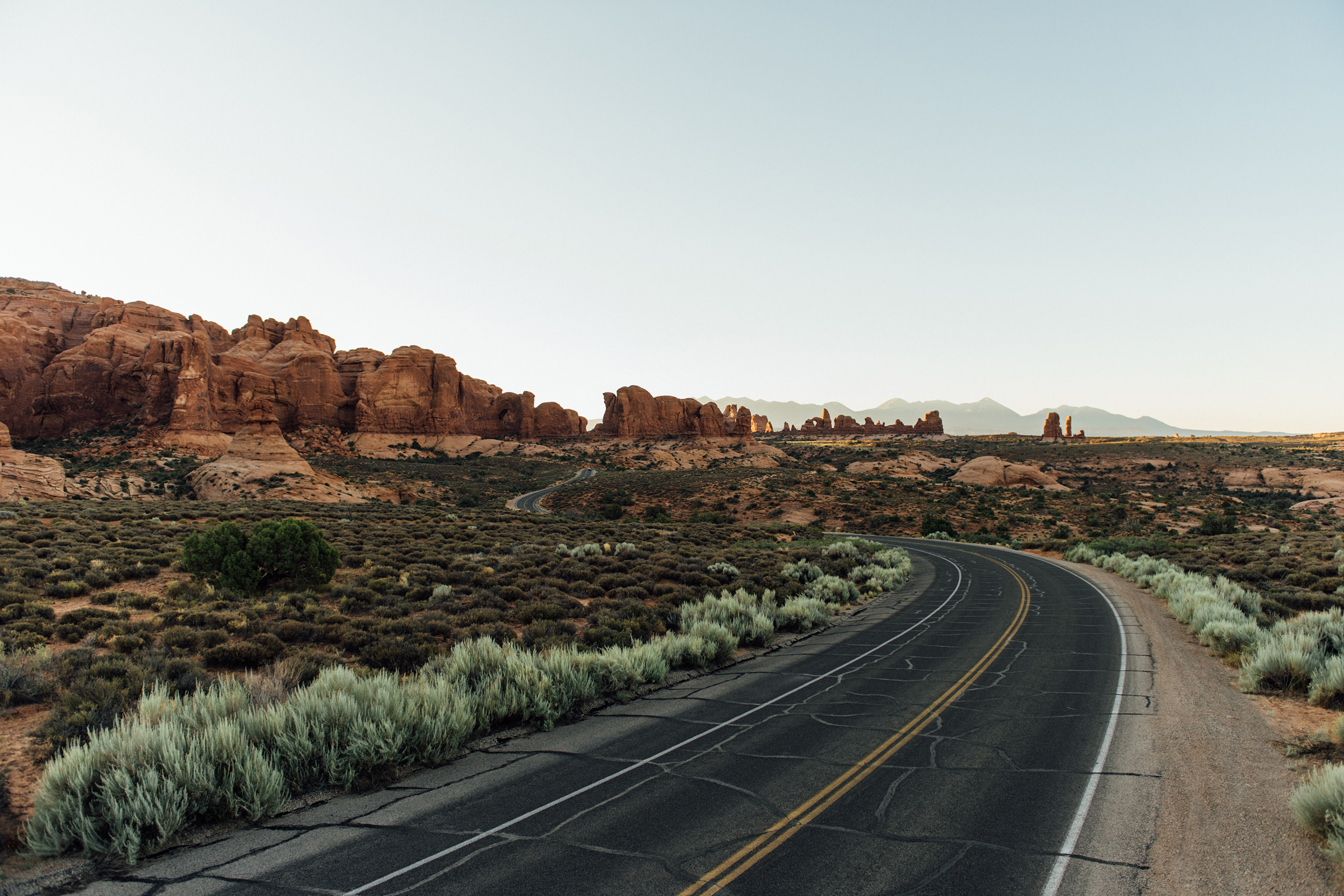 full_clif-arches-road-2.jpg