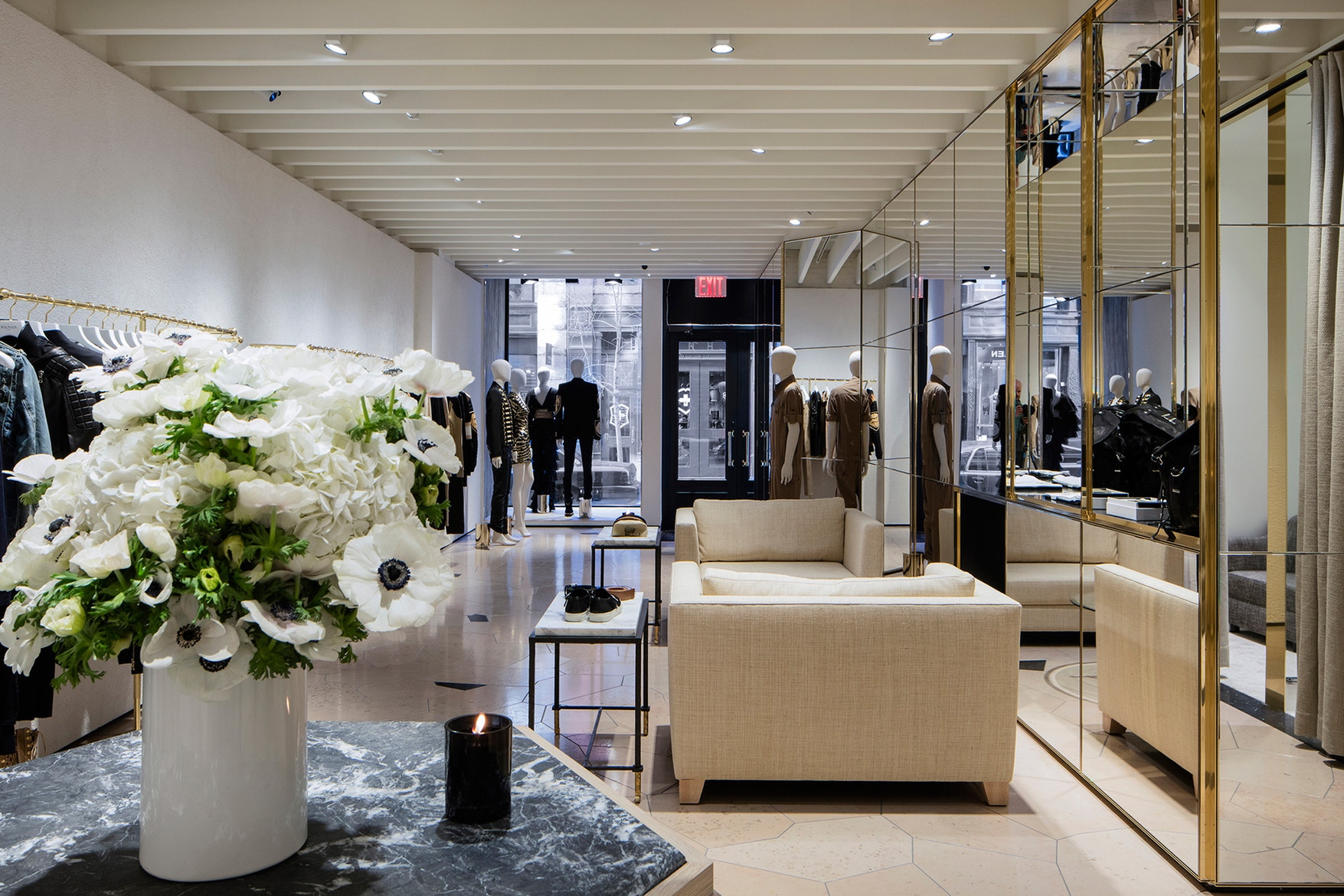 Givenchy   New York -Saks 5th Avenue