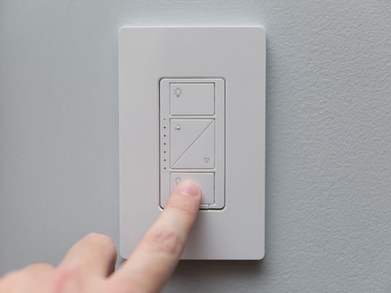 lutron-caseta-in-wall-wireless-smart-lighting-kit-product-photos-5.jpg
