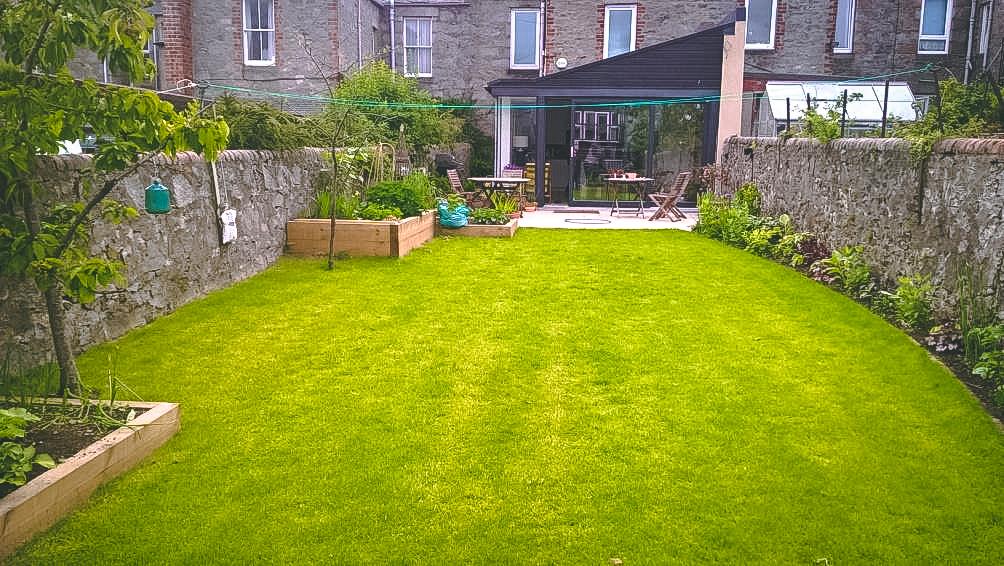garden landscaping aberdeen.jpg