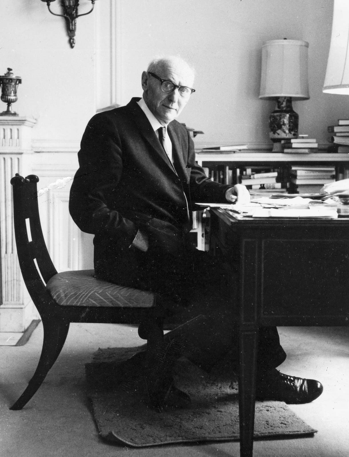 Isaac Bashevis Singer at this home in Manhattan.