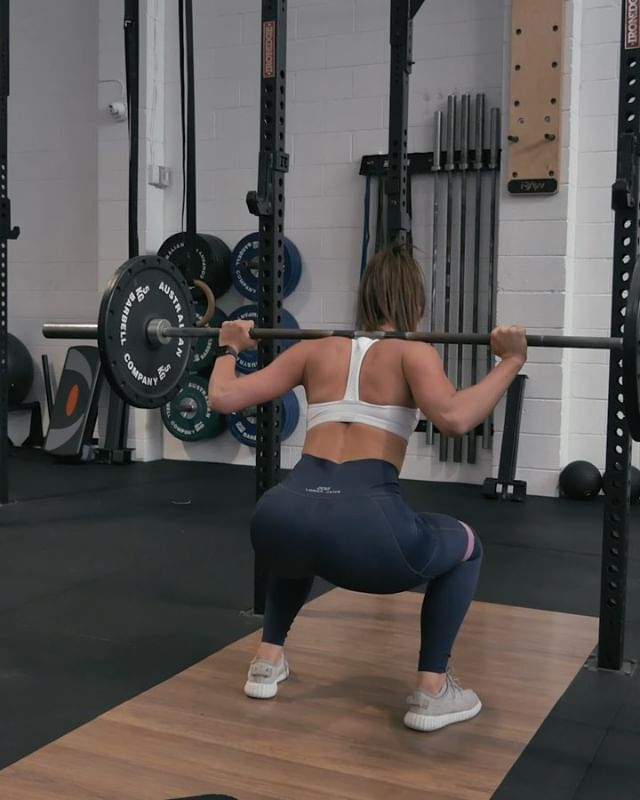 The same old workouts suck! Save and try this lower body burner 🍑🤟 If you need even more inspo, start our 8 week challenge programme! Take a break from your usual approach and dedicate 8 weeks to hitting goals 👙💦 Check the link in bio to get started ☝️www.fitazfk.com  #fitazfk #fitnessvideos #fitnessworkouts #gymworkouts #gymvideos @jordynkeough 💥