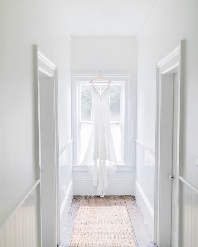 Such an aesthetically pleasing hallway. Love the simplicity and light feel of this photo. Happy Friday everyone, we're heading down to Santa Rosa - Sonoma Coast tomorrow for an engagement session and couldn't be more stoked.. Can't wait. ——————————————————————— Venue: @cuffeyscoveranch Couple: @mandi_16  Photography: @benjamescreative Catering: @pilonkitchenvf Bartending: @mendocino.outland.bartending DJ: @dj80mendo Lighting & Generator: @groundloopevents Transportation: #mendocinowinetours Stylist: @theresemeyer
