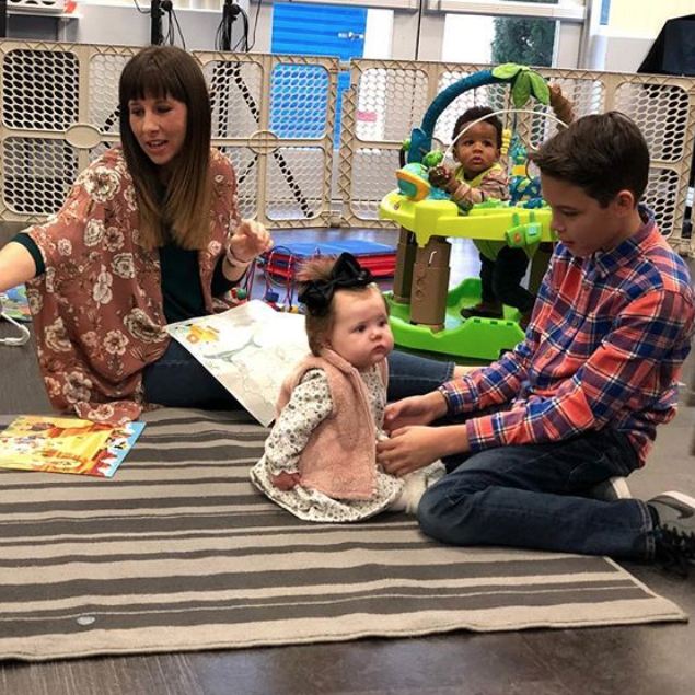 PARAMOUNT LITTLES(0-2 Years) - Check your child in at the main entrance and a volunteer will show you to the nursery where you can meet the adults and helpers giving your child special care.