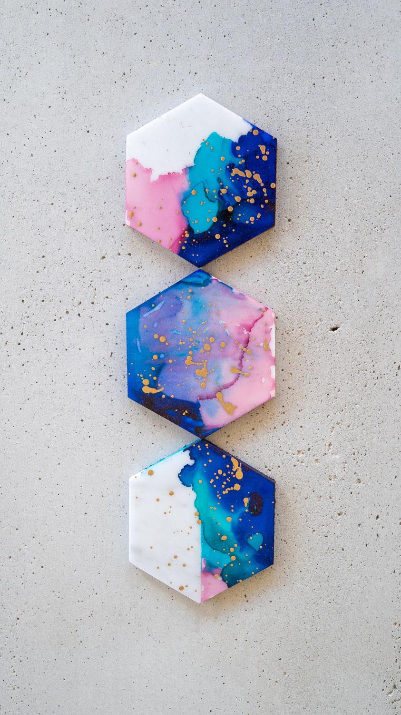 DIY galaxy marble coaster inspiration