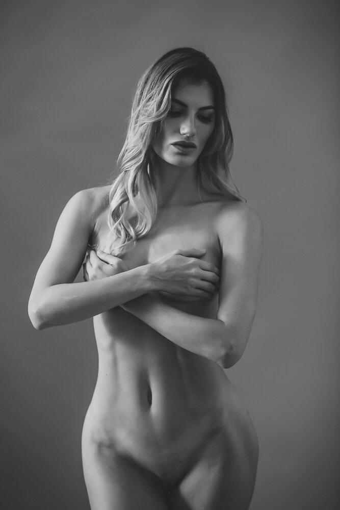 fine-art-nude-photographer-new-york-007-Edit.jpg