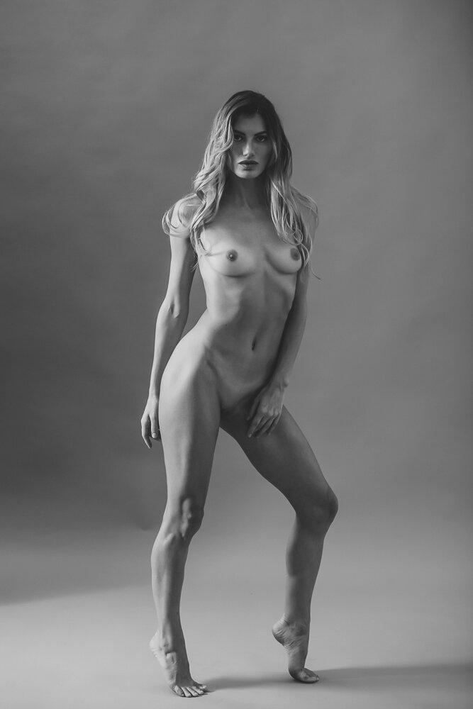 fine-art-nude-photographer-new-york-009-Edit.jpg