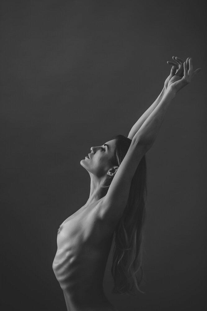 fine-art-nude-photographer-new-york-019-Edit.jpg