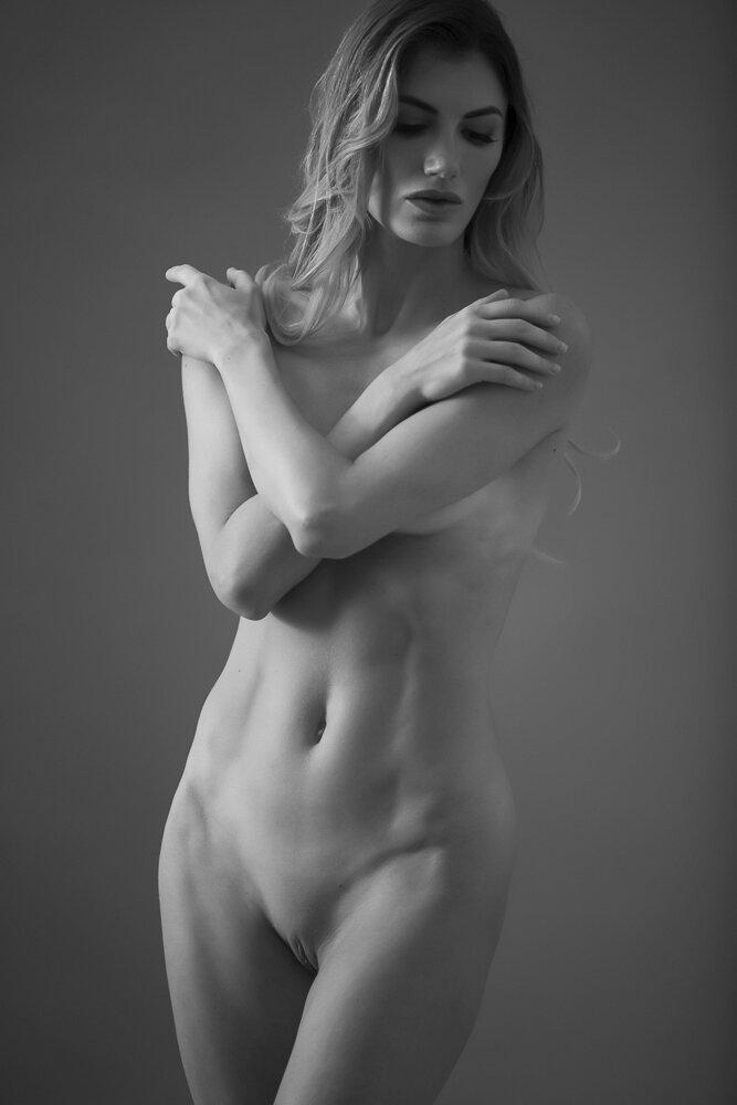 fine-art-nude-photographer-new-york-030-Edit.jpg