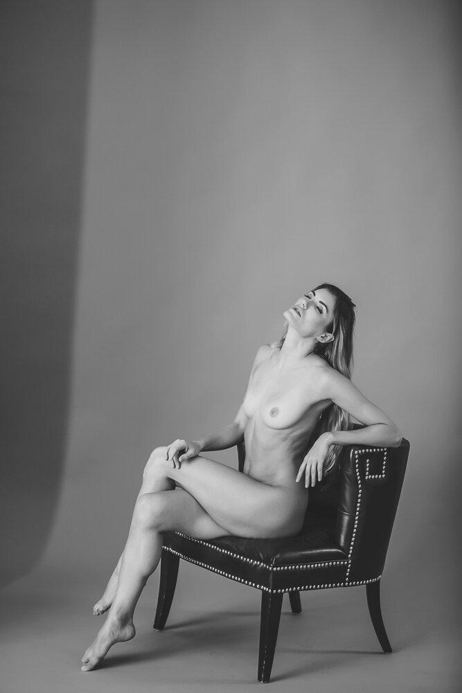 fine-art-nude-photographer-new-york-038-Edit.jpg