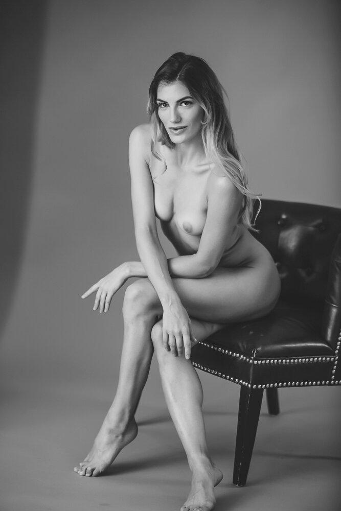 fine-art-nude-photographer-new-york-041-Edit.jpg