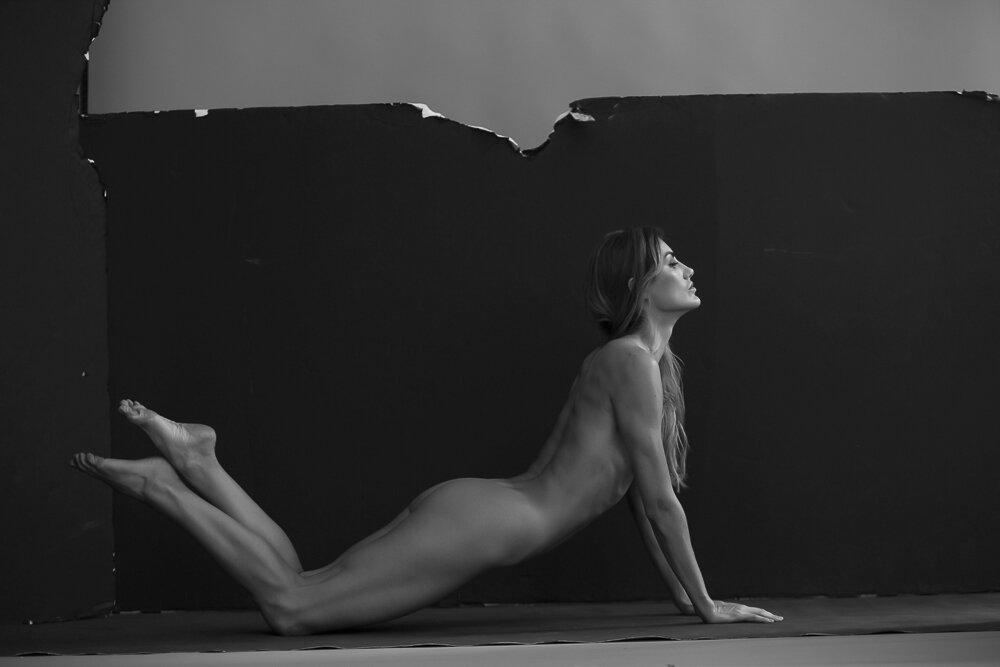 fine-art-nude-photographer-new-york-087-Edit.jpg