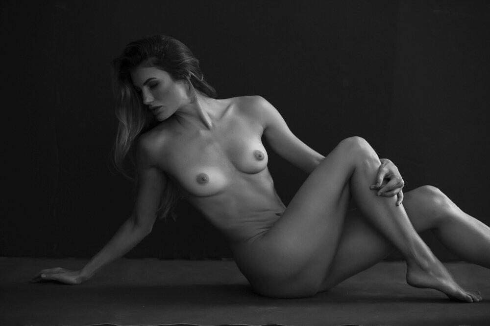 fine-art-nude-photographer-new-york-125-Edit.jpg