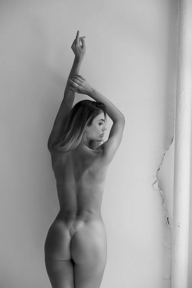 fine-art-nude-photographer-new-york-135-Edit.jpg