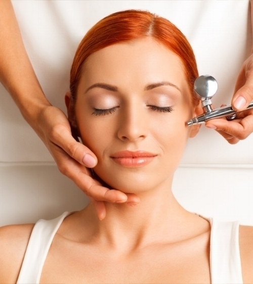 2018 Airbrush Makeup by Lesa (256)226-4165 - whether you have a special event or just want to feel and look good. Lesa can help!18 HOUR WEAR, SMUDGE PROOF AND SWEAT PROOF.
