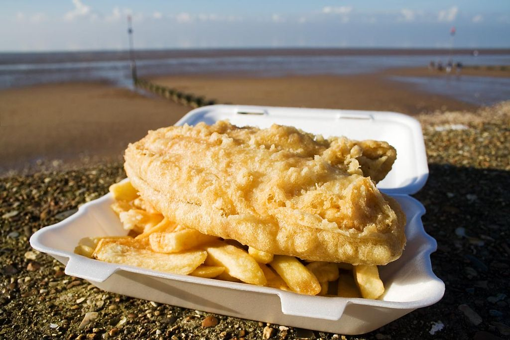 1024px-Fish_and_chips.jpg