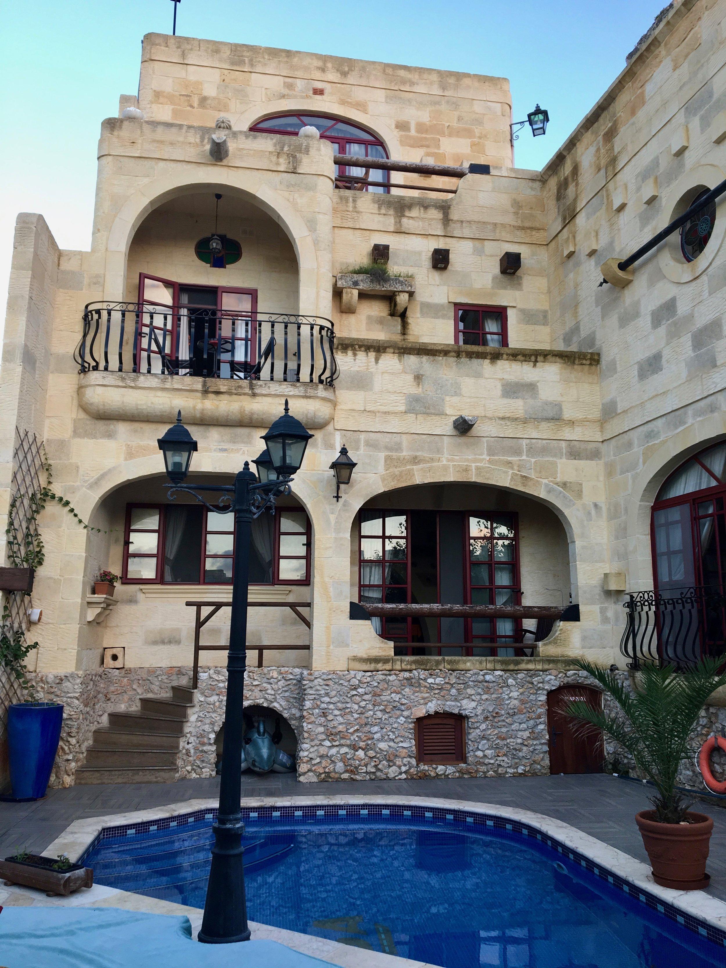 Ta Tumasa, hotel, In-Nadur, Gozo