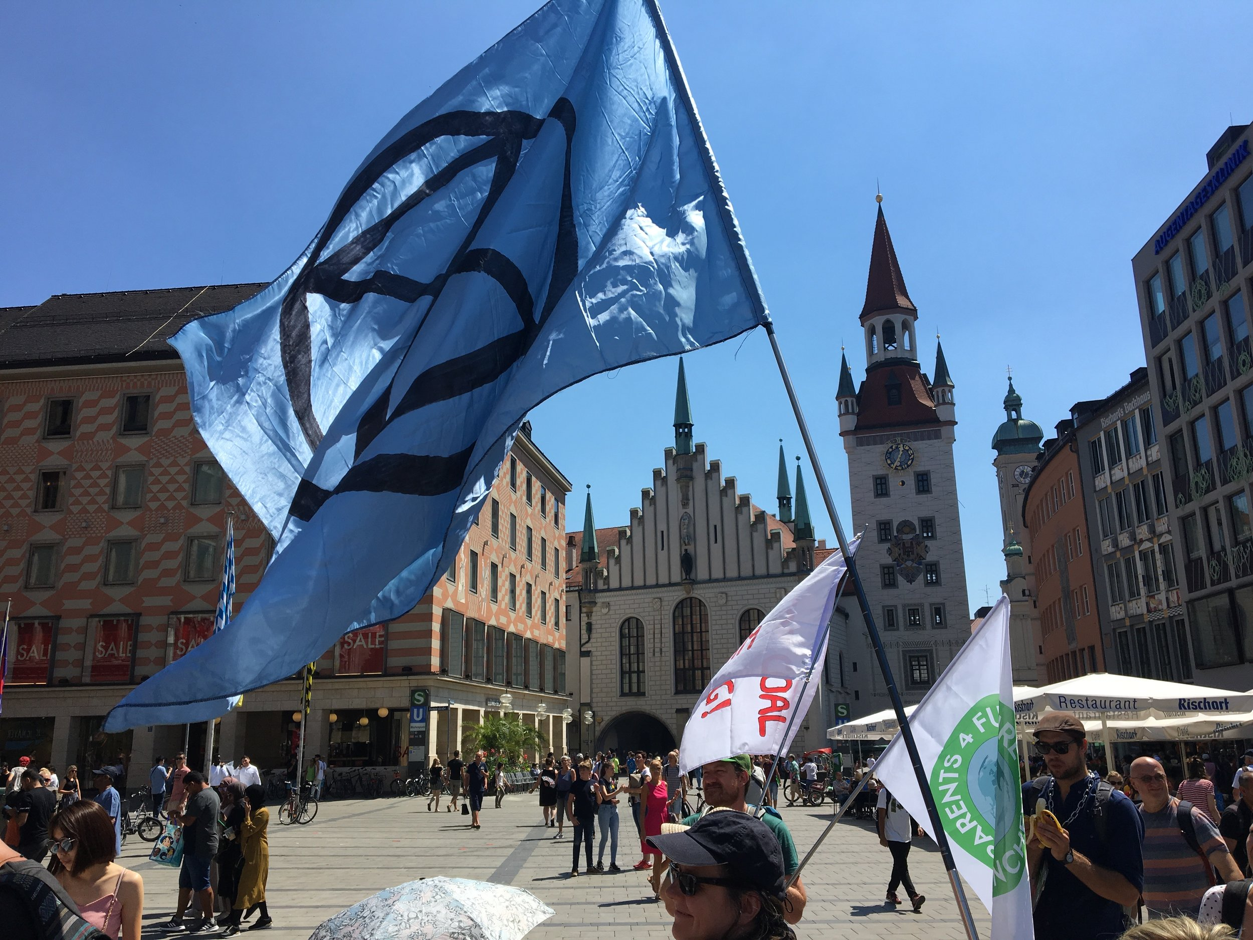 The flag of Munich rebellion, Marienplatz (image: © Paul Wheatley)