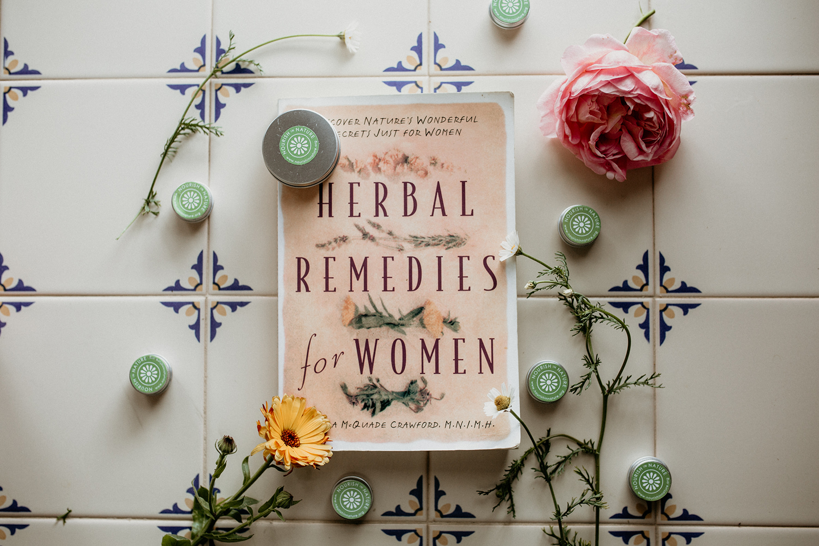 herbs, herbal medicine, herbs for women, herbal medicine for women, nourish, nourish in nature, yoga, yoga for women, yoga retreats, yoga in portugal, retreats in portugal, nutrition for women, hormone health, well being, integrated health