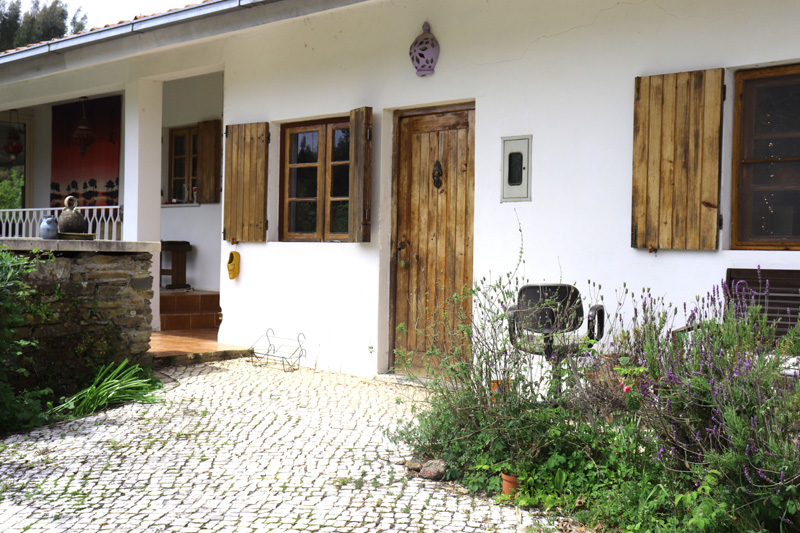 outdoors middle house