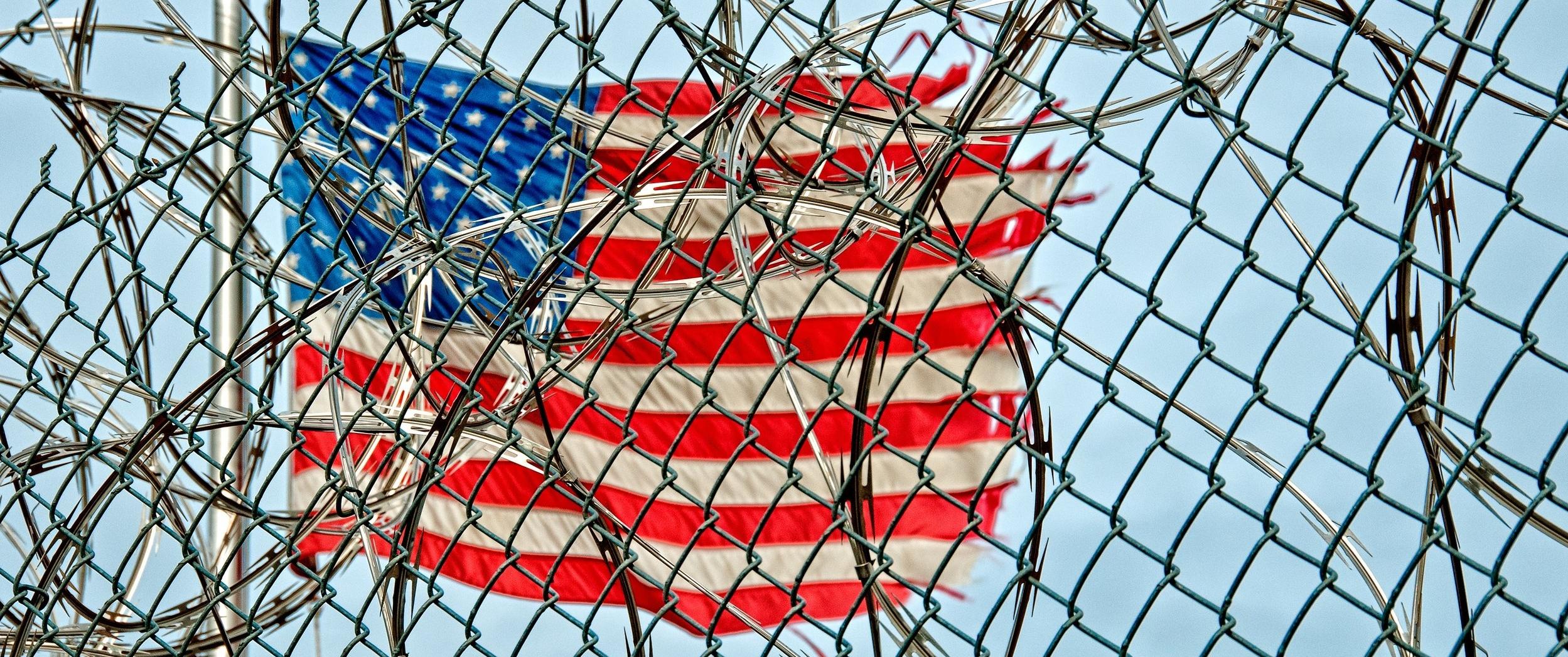 prison-370112.jpg