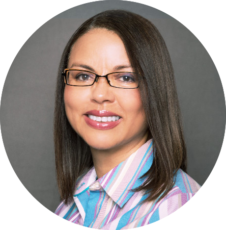Jacqueline Gutierrez - LinkedIn Pic - Circle.png