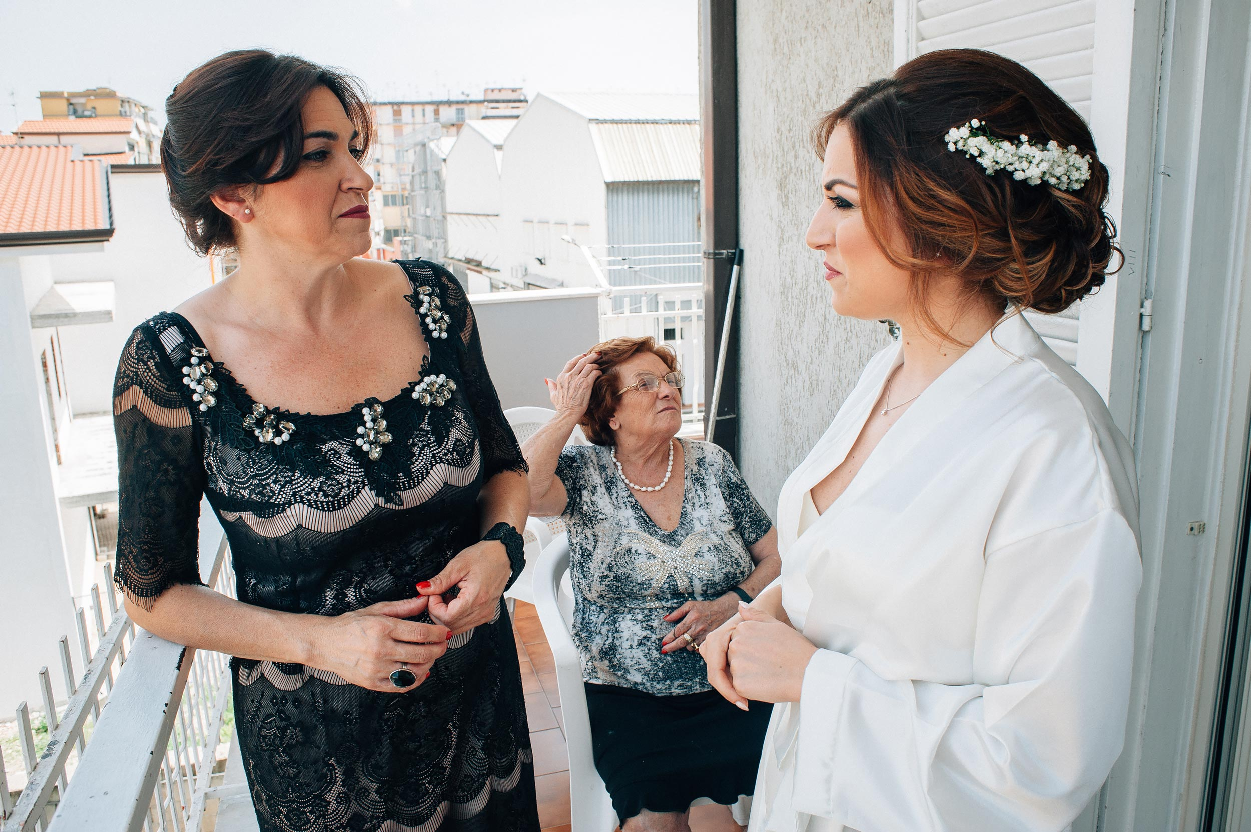 2016-Claudio-Teresa-Naples-Wedding-Photographer-Italy-Alessandro-Avenali-18.jpg
