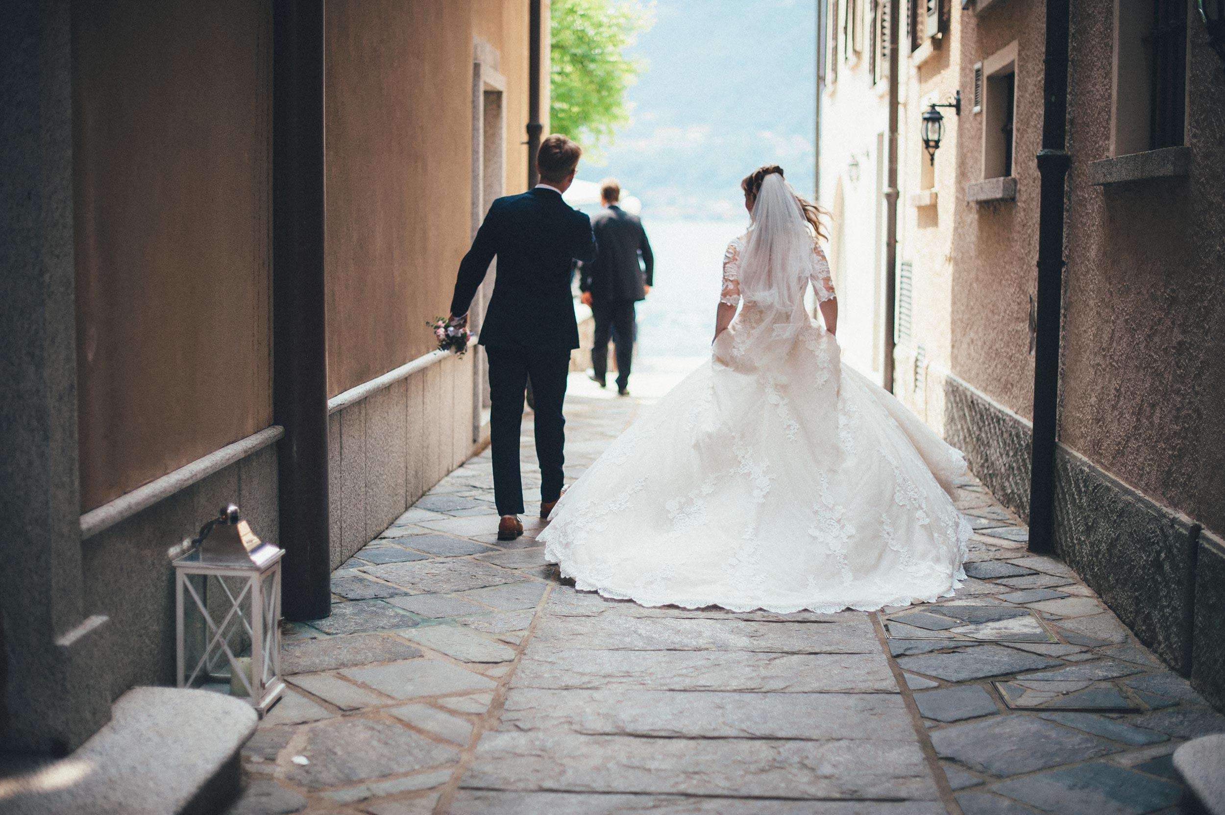 2016-Julius-Silke-Lake-Orta-Wedding-Photographer-Italy-Alessandro-Avenali-60.jpg