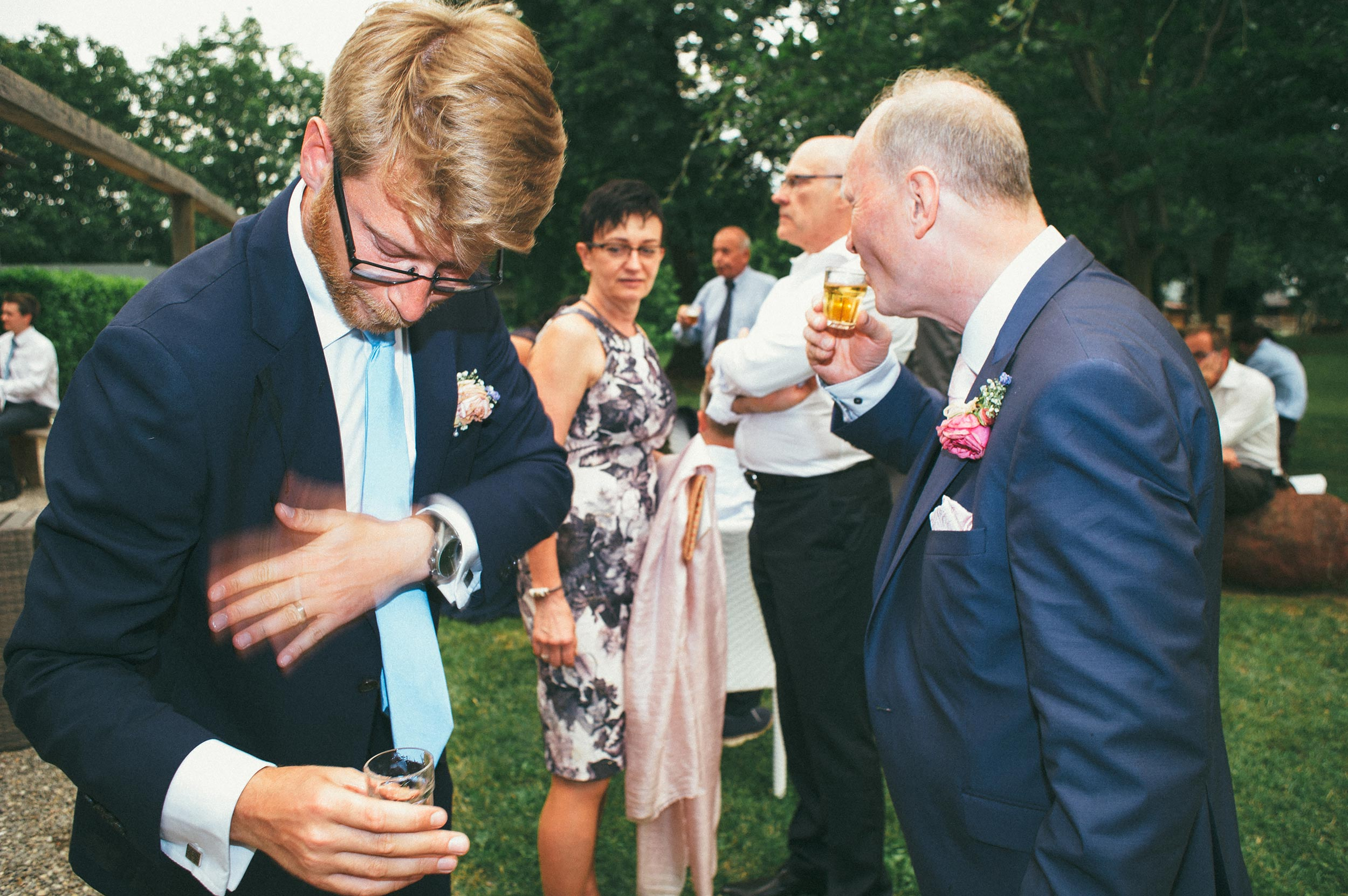2016-Julius-Silke-Lake-Orta-Wedding-Photographer-Italy-Alessandro-Avenali-102.jpg
