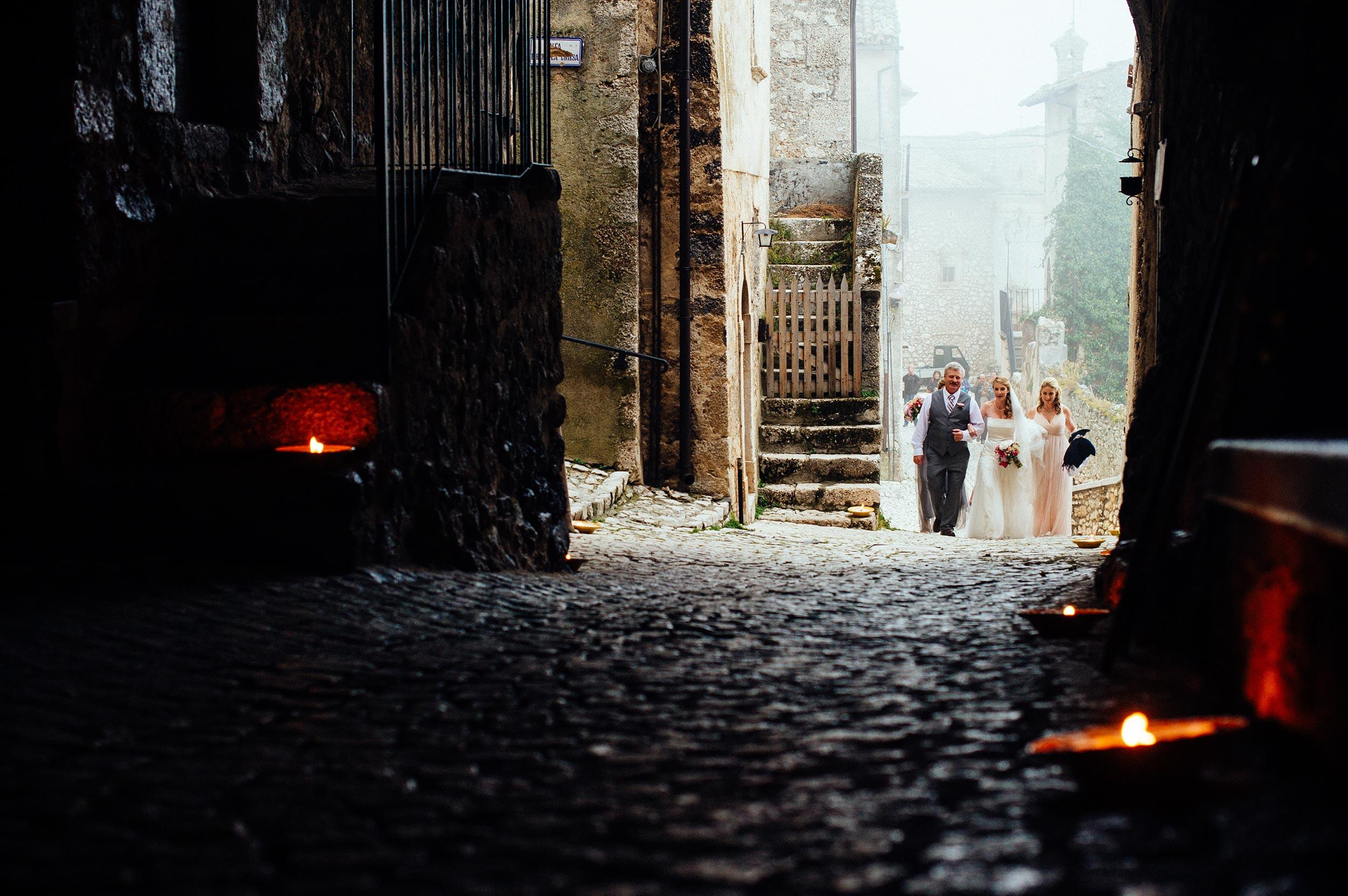 2014-Shelby-Jocelyn-Santo-Stefano-Di-Sessanio-Wedding-Photographer-Italy-Alessandro-Avenali-27.jpg