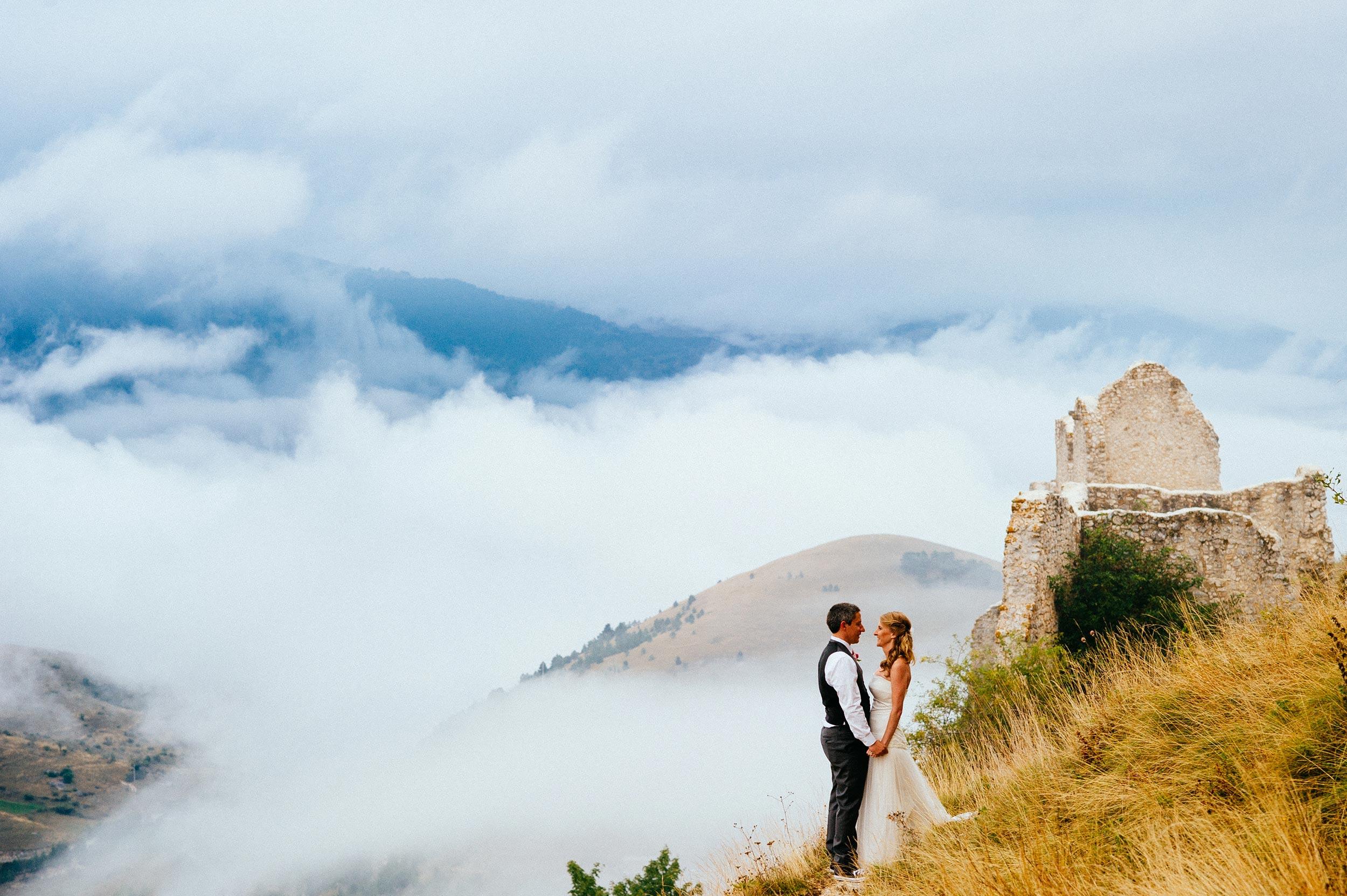 2014-Shelby-Jocelyn-Santo-Stefano-Di-Sessanio-Wedding-Photographer-Italy-Alessandro-Avenali-36.jpg