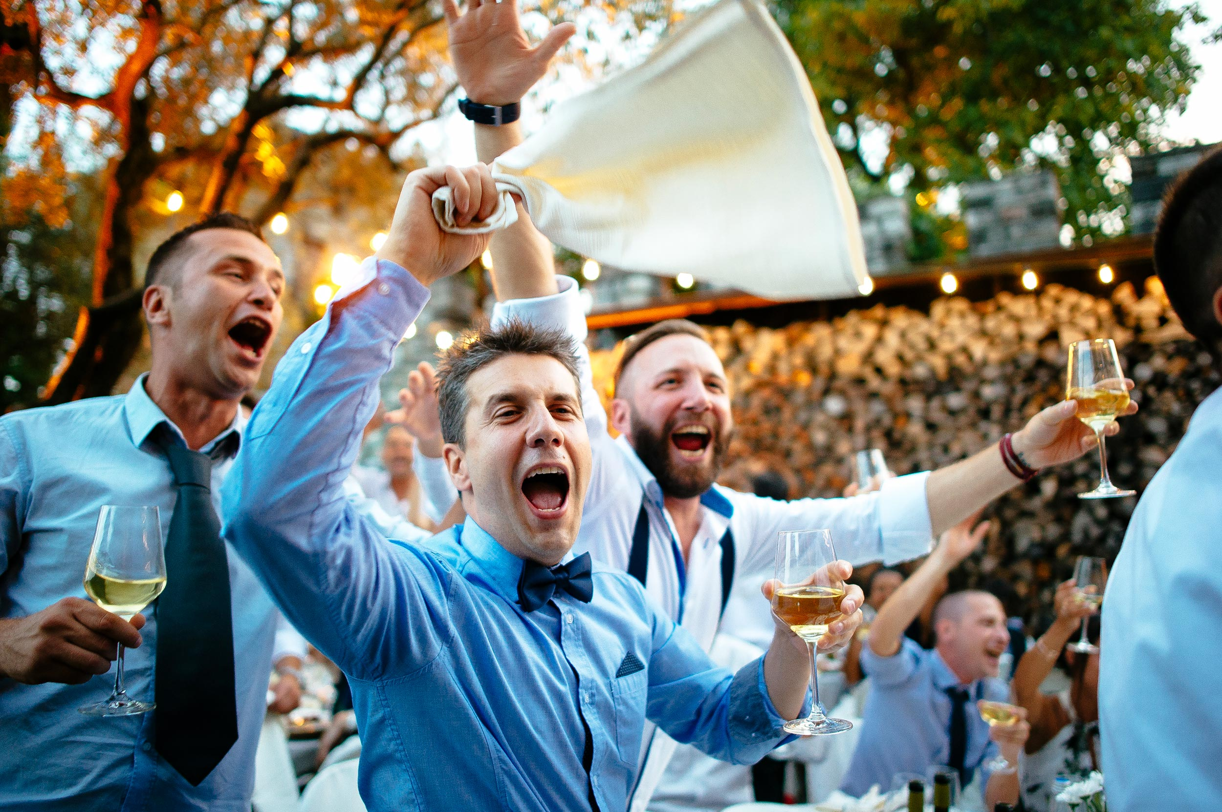 friends-of-the-bride-and-groom-partying-at-the-reception-wedding-in-italy.jpg