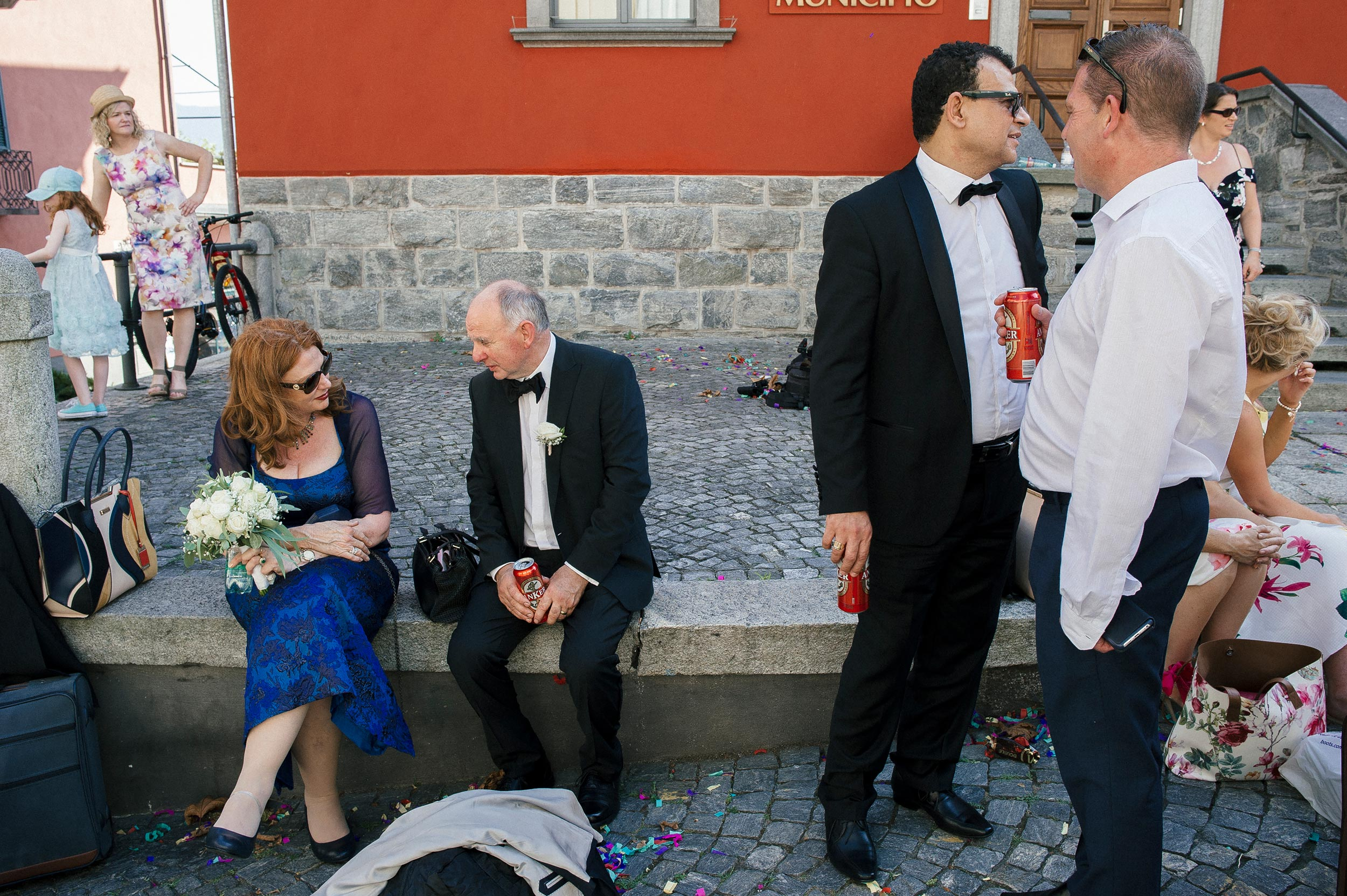relaxed-moment-drinking-beer-after-wedding-ceremony.jpg