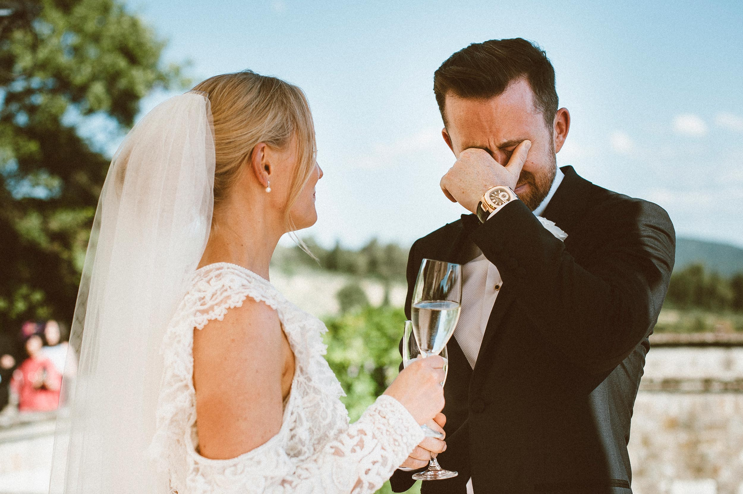 moved-groom-crying-strong-emotion-in-front-of-the-bride-candid-documentary-wedding-photography-by-Alessandro-Avenali.jpg
