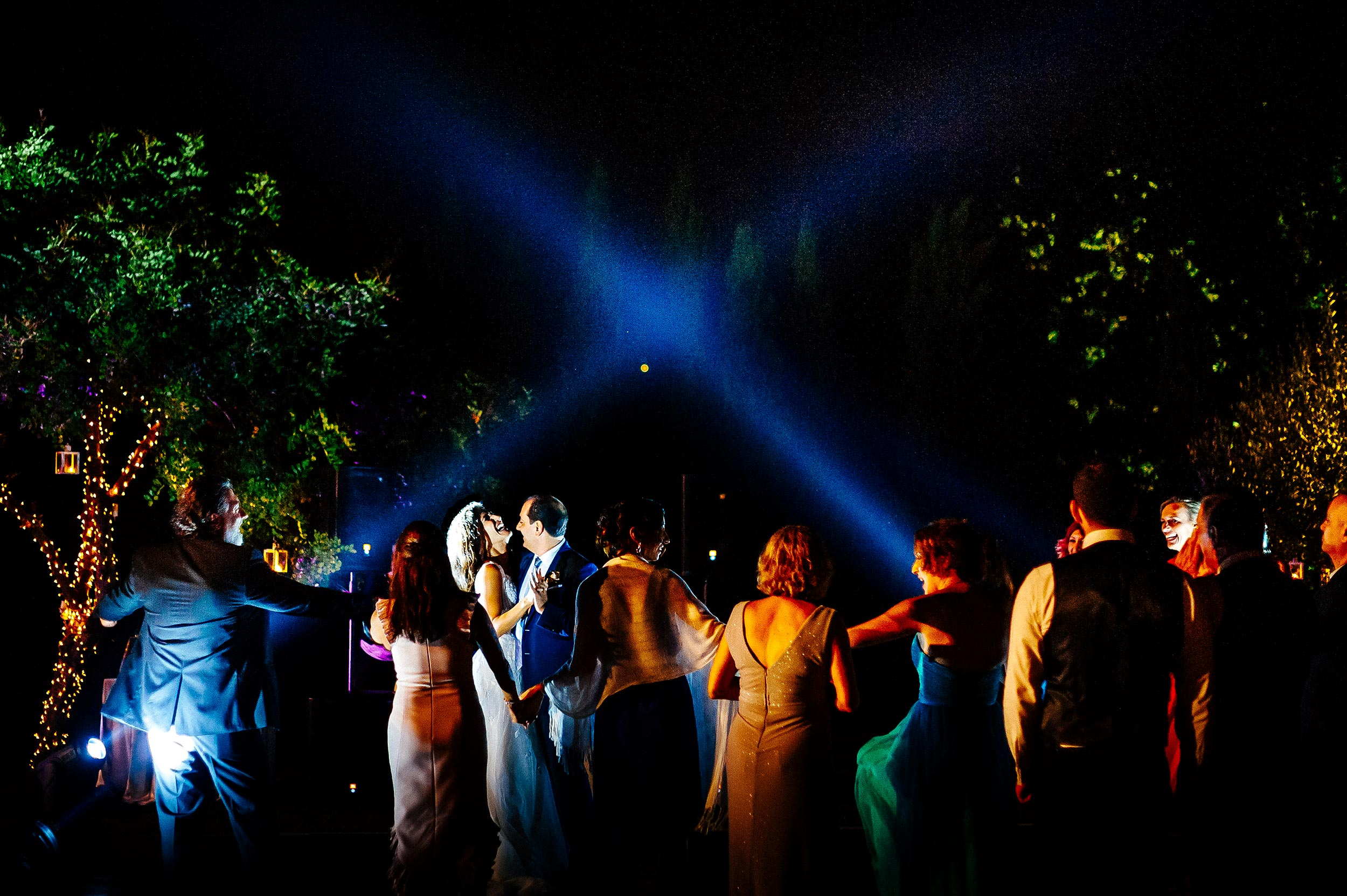 Dancefloor-Wedding-Ravello-Villa-Cimbrone-First-Dance-Bride-And-Groom-Alessandro-Avenali-Luxury-Photographer-Italy.jpg